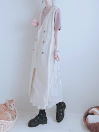グルカサンダル(レディース)×靴下コーデ